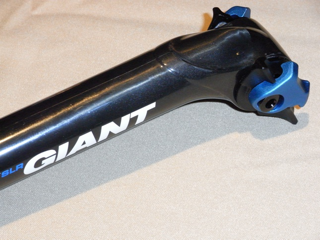 Seatpost (has extra support for carbon seat rails)