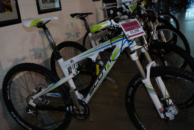 Scott Contessa Spark RC. Nice-looking performance bike for the ladies.