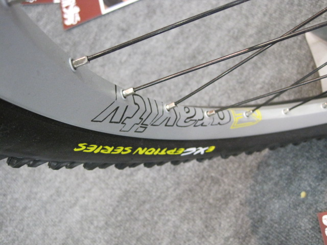 """FSA's """"Gravity"""" brand is now doing wheelsets."""