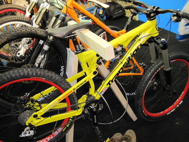 Transition Bikes are now being brought in by Surf Sales. Here's the Blindside.