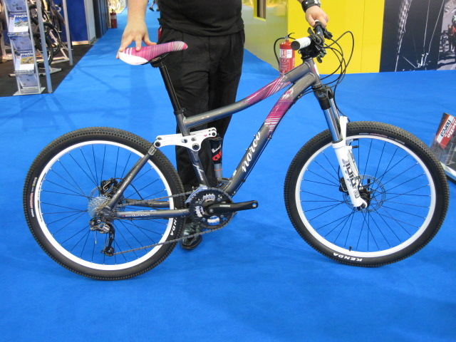 Norco Phena. A ladies bike that is built for burl. Darcy rides one of these.
