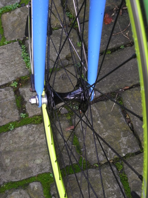 Halo Aerorage Track Wheels hub