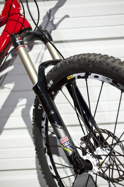 2011 Rockshox. New SID, carbon Revs, new uppy-downy post ...